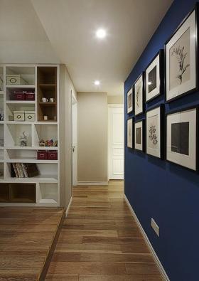 雅致时尚简约风格蓝色照片墙装饰图