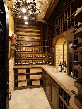 大气奢华原木欧式风格酒柜效果图设计