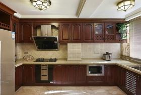 褐色美式风格厨房橱柜美图欣赏