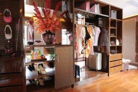 大气现代风格实用收纳衣柜装潢