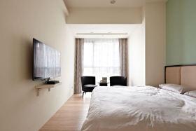 极简白色卧室背景墙装饰案例