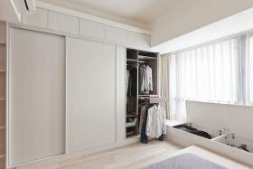 简约现代白色衣柜设计欣赏