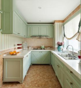绿色田园风格清新厨房橱柜装饰设计图片
