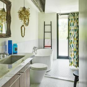 精致靓丽现代风格绿色卫生间装修图