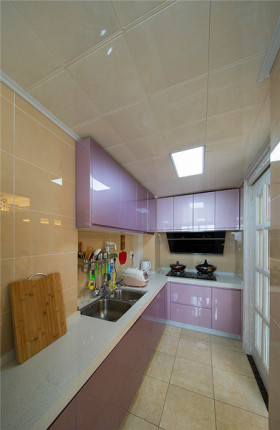 紫色混搭厨房橱柜图片赏析