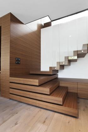 质朴休闲现代风格楼梯设计欣赏
