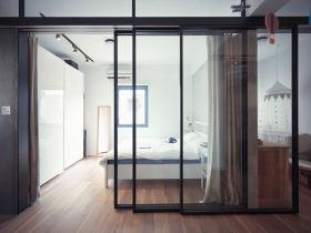 现代风格透明卧室隔断装潢效果图设计