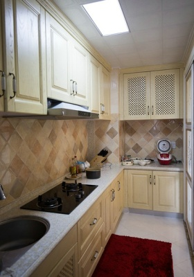 淡雅米色时尚美式风格厨房橱柜欣赏