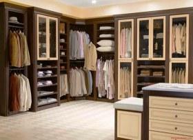 现代华丽风格衣柜装修设计