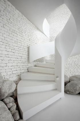 创意白色简约风格楼梯装修效果图片