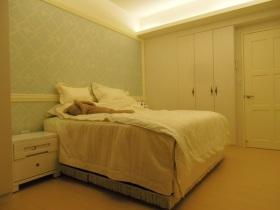 黄色混搭卧室设计图