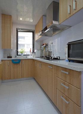 原木色简约风格厨房橱柜装饰案例