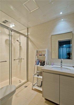 米色简约卫生间浴室柜装修图片赏析