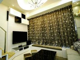 黄色简约风格客厅飘窗窗帘设计