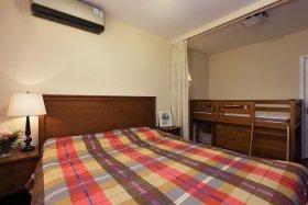 褐色中式风格卧室装修设计赏析