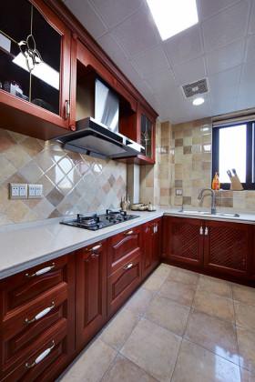 红色美式风格厨房橱柜装修设计