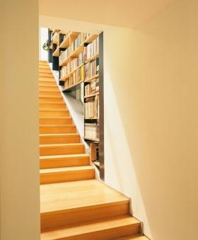 橙色宜家风格楼梯装修设计