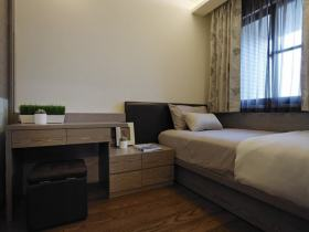 褐色简约风格卧室榻榻米装修图片