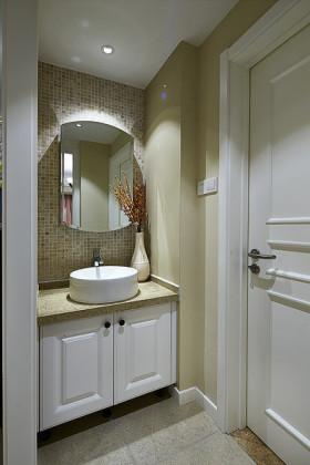米色简约风格卫生间浴室柜效果图赏析