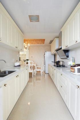 欧式田园风格白色素雅厨房欣赏