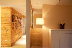 创意原木雅致简约照片墙过道设计赏析