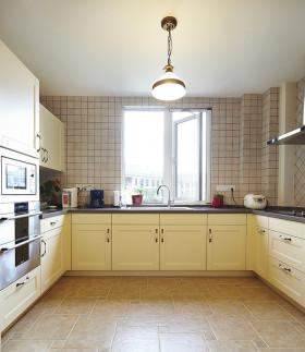 米白色美式风格厨房装饰案例
