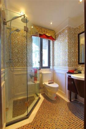 黄色摩登新古典浪漫卫生间设计