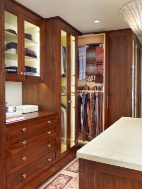红色美式风格衣帽间衣柜设计图片