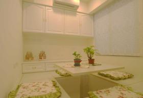日式温馨绿色榻榻米装修图片