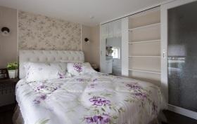 美式甜美碎花卧室背景墙装潢设计