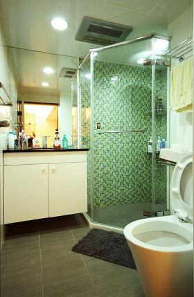 绿色简约风格卫生间墙砖效果图欣赏