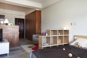原木色宜家风格卧室隔断效果图设计