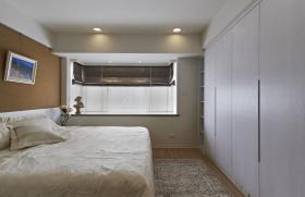 米色卧室飘窗赏析