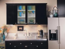 时尚简约精致厨房橱柜装修布置