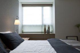 灰色宜家卧室飘窗装修图片