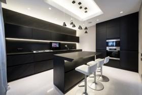 黑色凝练现代风格厨房设计装潢