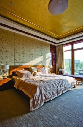 创意混搭温馨黄色卧室美图