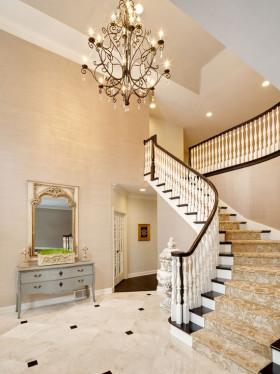 精致优雅欧式风格楼梯装潢设计欣赏