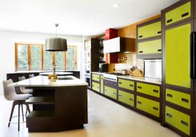 现代时尚绿色厨房吧台设计案例