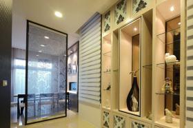 雅致新古典风格收纳展示柜装潢