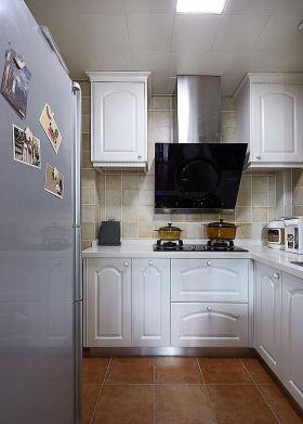 简约雅致风格实用厨房设计图片
