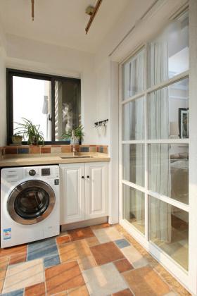 浪漫质朴田园风米色阳台洗衣柜设计装修案例