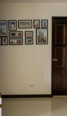 米色现代风格照片墙装饰设计图片
