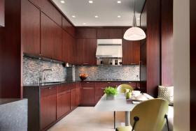 现代风格红色厨房装饰图