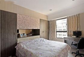现代风格清爽白色卧室装饰设计图片