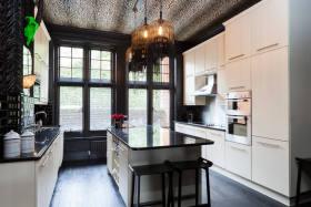 精致混搭风格厨房装饰设计图片