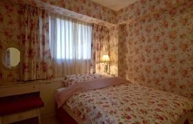 田园甜美粉色卧室窗帘设计图片