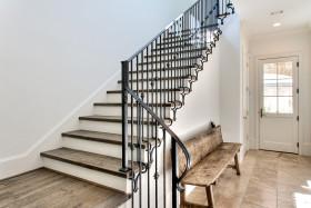 欧式风格黑色楼梯效果图赏析