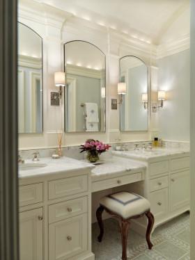 浪漫唯美白色古典欧式风格卫生间设计图片