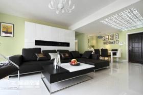 混搭风格客厅黑色沙发设计图片